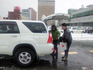 福井駅まで迎えに来てくれた同期の仲間夫婦
