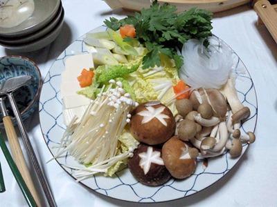越前蟹フルコースの蟹すきの野菜