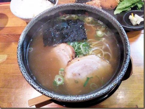 京風ラーメンめんくい亭日替り定食の京風ラーメン