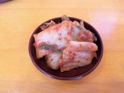 塩元帥/小野店無料食べ放題のキムチ