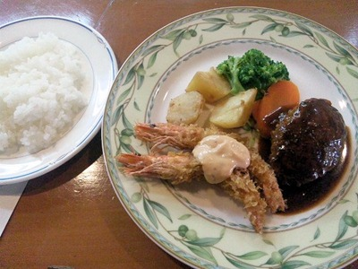 kitchenKATO自家製ハンバーグランチ