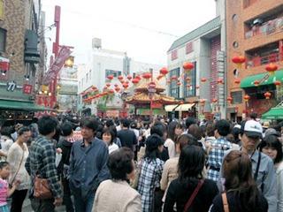 六甲ビール飲み放題の後の南京町散策