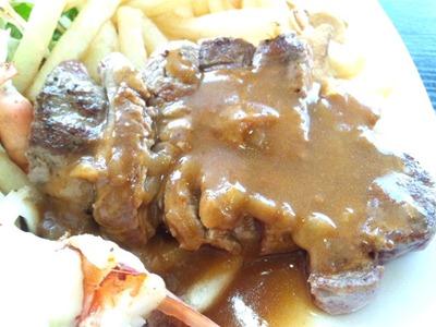 ビーフレストラン神蔓スペシャルランチのステーキ