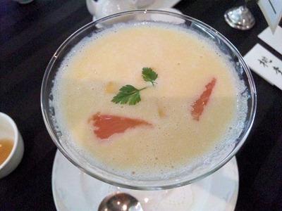 桃李タピオカ入りフレッシュマンゴーカクテル