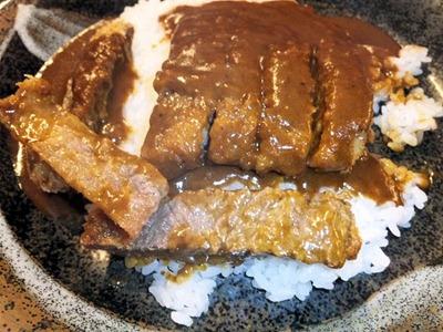 焼肉達摩牛カツメシのお肉