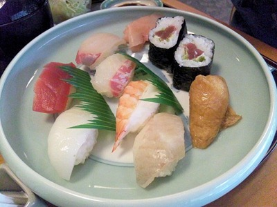 鮨車屋きまぐれすしSETの寿司