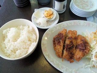 新福菜館火曜日限定ワンコインランチラーメン無し