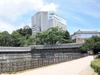 姫路城天空の白鷺見学ツアー_西の丸方面からの城