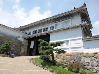 姫路城天空の白鷺見学ツアー_城内の門