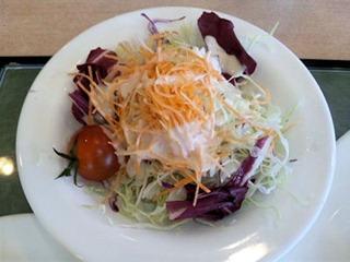 山陽自動車道三木SAチキンソテーのオレンジソースのサラダ