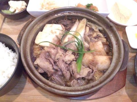 唐々鍋の店/荒井店日替り定食のスキヤキ