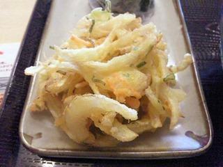 丸亀製麺肉ごぼうセットの野菜かき揚げ