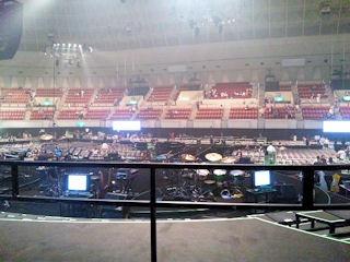 小田和正コンサートツアー神戸ワールド記念ホールバックステージ