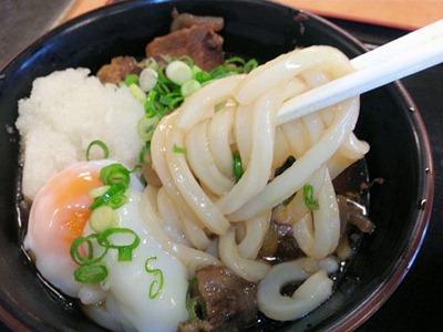 讃岐うどんやすじ玉ぶっかけうどんの麺