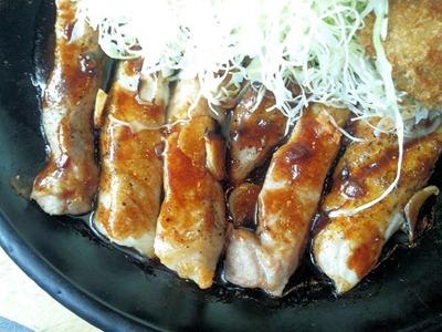 播磨の里/トンテキ&カキフライ定食のトンテキ