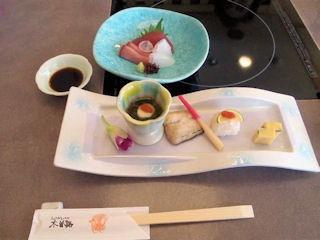 しゃぶしゃぶ・日本料理木曽路/妻籠のお造りと焼八寸