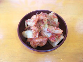 小野塩元帥食べ放題のキムチ