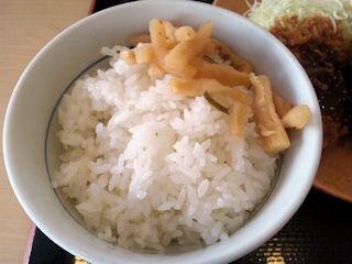 かつや東加古川店ヒレカツ定食のごはん