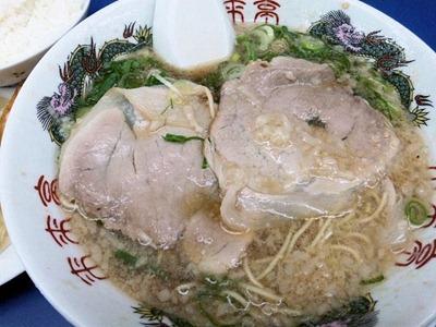 ラーメン来来亭明石西インター店ジャンボギョーザ定食のチャーシュー