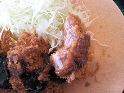 かつや東加古川店ヒレカツ定食のヒレカツの肉