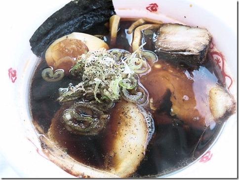 富山ブラック麺家いろは黒醤油らーめん