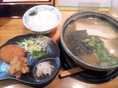 京風ラーメンめんくい亭日替り定食(あっさりコク旨ラーメン コロッケ 唐揚げ)