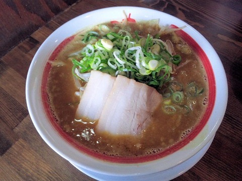 新・和歌山らーめんばり馬濃厚味噌カレー太麺