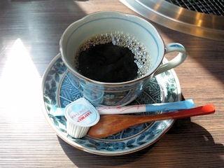 炭火焼肉みきや日替りサービス(トンカツ)定食のコーヒー