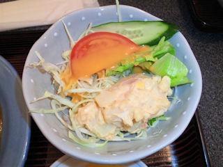 中国料理店南京町民生/東加古川店の酢豚定食のサラダ