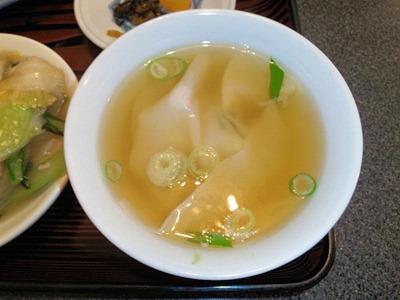 中国料理店南京町民生/東加古川店の酢豚定食のワンタンスープ