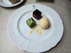 南淡路ロイヤルホテルレストラン四季洋食ランチデザート