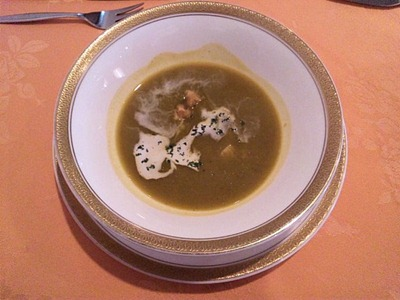 RESTAURANTAzurアジュール肉料理コースのスープ