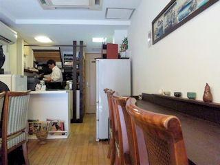 神戸牛丼広重の店内