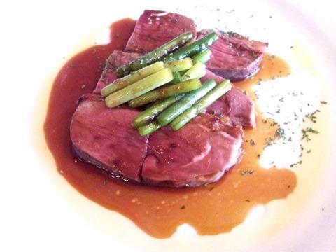 花鳥風月/贅沢フォアグラフルコースの鴨のステーキ