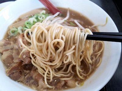 徳島らーめん八正道/徳島らーめんの麺