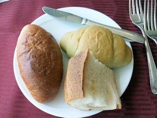 エトワール週末限定ランチコースホテルメイドパン
