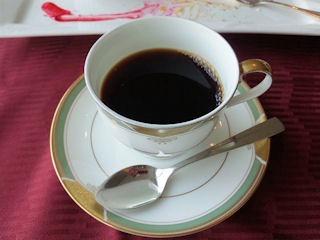 エトワール週末限定ランチコース食後のコーヒー