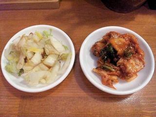 とりの助白菜とキムチのお漬物