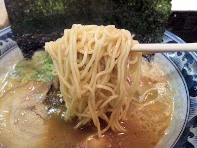 豚骨鶏ガラらぁめん房濃厚味噌らぁめん(細麺)