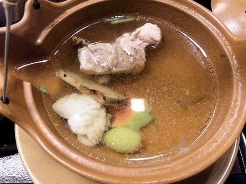 かごの屋明石店松茸釜飯定食の松茸と鱧の土瓶蒸し