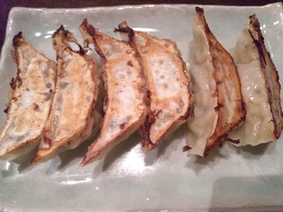 海鮮中華厨房張家/鍋貼手包み焼餃子