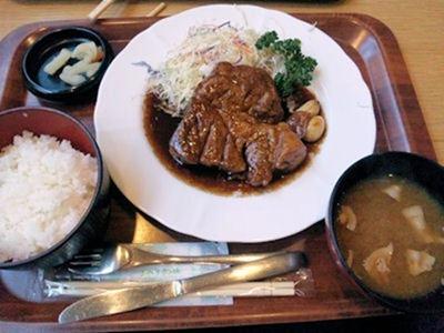 ジャズドリーム長島ナガシマキッチン四日市名物大とんてき定食