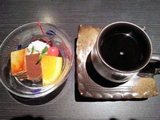 和み系居酒屋ふくろう華遊膳デザートとコーヒー