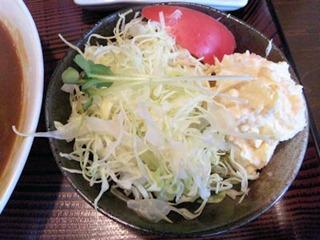 お食事処とんかつ心カツカレーのサラダ