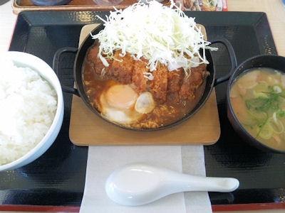かつや東加古川店チキンカツカレー鍋定食
