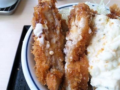 かつや東加古川店チキン南蛮カツ丼
