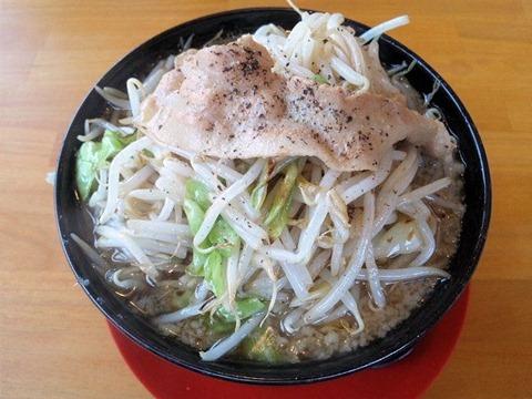 神戸ちぇりー亭ド根性の醤油らぁめん野菜盛