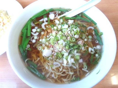 中国食坊菜香ラーメンセットの台湾ラーメン