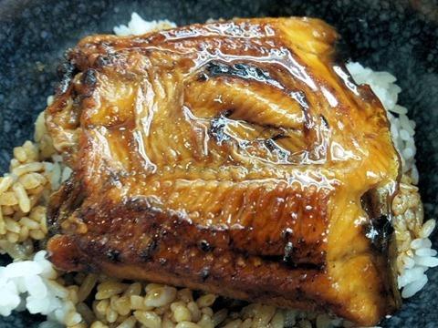 くら寿司『初夏の極上かにフェア』すしやのうな丼