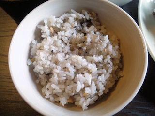 トコトコ日替りランチの五穀米